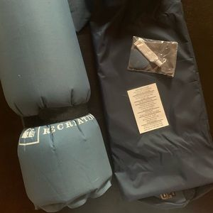 Self inflating 3/4 length sleeping pad
